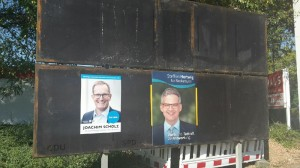 Zwei der drei OB Kandidaten plakatieren in Necksrulm.