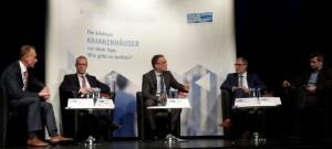 Podium am 26.10.16 in Brackenheim. Kommunalos gegen Privat(isierungs)Experten? (Foto: Florian Vollert)
