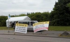 """Die """"Streikzentrale"""" der Heilbronner Postler auf den Böllinger Höfen in Heilbronn, gegenüber dem DHL Briefverteilzentrum. (Bild: jm)"""