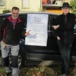 Stadtrat Volker Bohn und Kreisrat Johannes Müllerschön begrüßen die Resolution  der Stadt Brackenheim zur Stadtbahn. (Foto: Bruno Schmitt)